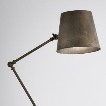 Lámpara de pie ajustable 271.08. OF REPORTER IL FANALE